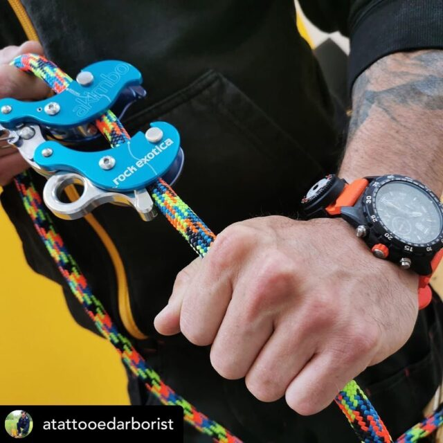 Posted @withregram • @atattooedarborist Well this is going to change the way I climb:) what a cool bit of kit the @rock.exotica #akimbo which is now in stock at @honeybros_com is really a mechanical climbing device which will make #climbing so much easier. #rockexotica #honeybrothers #xstatic #rope #treeclimbing #treeclimbinggear #treesuregeons #treesurgeonsofinstagram #arborist #arboristsofinstagram #arboristlife #luminox #luminoxworld #swiss #luminoxwatches #quality #outdoors