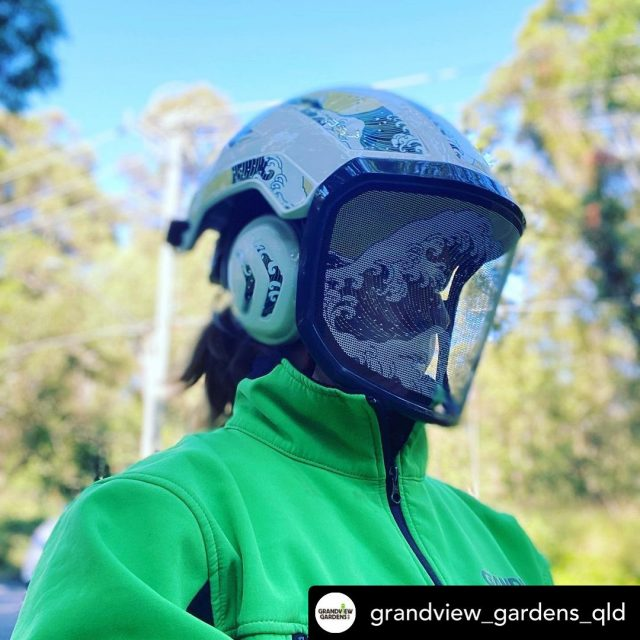 Posted @withregram • @grandview_gardens_qld The limited edition Wave waved its way over to sunny Brisbane #womenarborists @senabluetooth @honeybros_com @protosintegral #lookinggood #womeninarboriculture #strongwomen #arborists #goodvibes