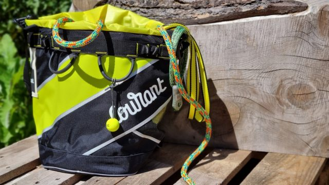 Fresh delivery of Courant 🍋Get your hands on some of the gear from one of the leading arb equipment manufacturers. #honeybros #courant #courantverticaliving #arborist #arbclimber #arbgear #treesurgery #treesurgeon #ropebag #climbingrope